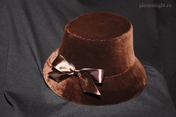 Бархатная ретро-шляпка