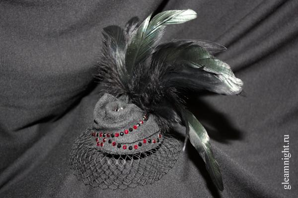 Мини-шляпка Бурлеск