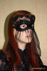 Атласная маска