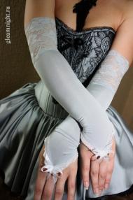 Длинные перчатки с кружевом