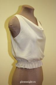 Батистовая блузка-топ