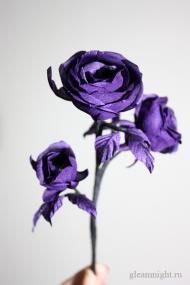 Веточка с розами