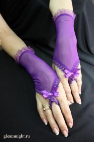 Короткие перчатки с петелькой