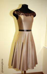 Вечернее платье с юбкой-годе