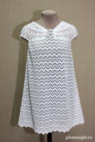 Кружевное платье-трапеция