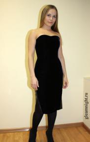 Бархатное платье-футляр