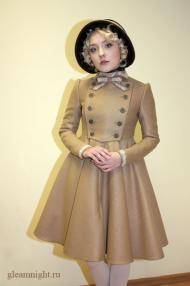 """Демисезонное пальто в стиле \""""Лолита\"""""""