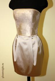 Платье на корсаже